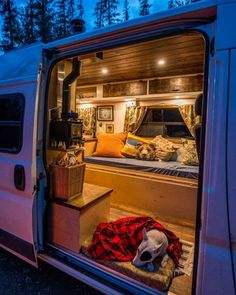 Wood stove to keep a campervan warm