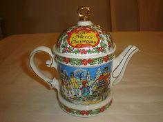 "Sadler Teapot ""A Merry Christmas"" England"