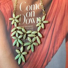 """Linked Mint Green Flower Jewel Bib Necklace Linked Mint Green Flower Jewel Necklace with gold tone chain. Necklace is approximately 22"""" long with a 3"""" extender and lobster claw closure. NWT RETAIL The Honeybee Outlet Jewelry Necklaces"""