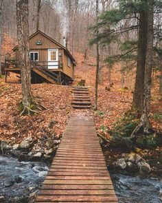 Location: Upstate, New York I have a confession to make. I'm obsessive about looking for the best cabins from all over the world. I'm continuously surfing the internet trying to find cabins for rent o Tiny House Cabin, Cabin Homes, Log Homes, Cabins For Sale, Cabins And Cottages, Small Cabins, Forest Cabin, House In The Forest, Forest Home