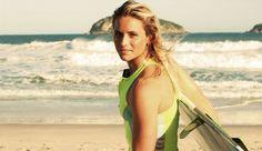 Courtney Conlogue, Billabong surfer