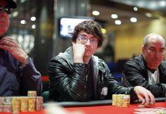 PokerStars разыграл тринадцатый джекпот Spin&Go за год.  Крупнейший в мире онлайн покер-рум PokerStars разыграл тринадцатый в этом году джекпот Spin&Go, и обладателем награды в миллион долларов стал австралийский профессиональный игрок Энтони Эстон (Anthony Aston).