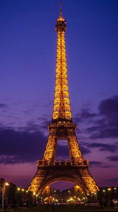 Paris Wallpaper, Lit Wallpaper, Lock Screen Wallpaper, Galaxy Wallpaper, Eiffel Tower Photography, Paris Photography, Sunset Paris, Lookscreen Iphone, Nct Yuta