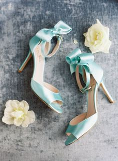 A Timeless Charleston Wedding for a Couple That Met in Grade School Tiffany Blue Heels, Best Bridal Shoes, Blue Stilettos, Mint Bridesmaid Dresses, Baskets, Bleu Turquoise, Wedding Heels, Types Of Shoes, Beautiful Shoes
