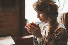 cappuccino by savukov Vintage Dresses, Nice Dresses, Coffee Cafe, Coffee Shop, Retro Dress, Quartz Watch, Tea Lights, Vintage Fashion, Dreadlocks