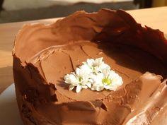Acest tort de ciocolataeste surpriza despre care va vorbeam la postul anterior, cel cu aperitivele Sweet Tooth, Pudding, Food And Drink, Veggies, Cooking Recipes, Mai, Desserts, Cream, Mascarpone