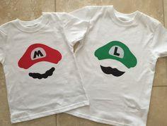 Mario Bros. Mario OR Luigi shirt por leoandlyla en Etsy