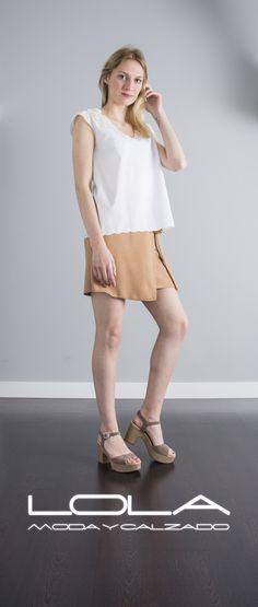 Tu fondo de armario con más tendencia.   Tu falda en camel por 37 €.  Pincha este enlace para comprar tu falda en nuestra tienda on line:  http://lolamodaycalzado.es/primavera-verano/570-falda-capri-en-camel-sophyline.html
