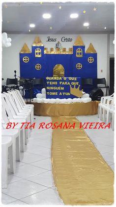 CANTINHO DAS HISTÓRIAS BÍBLICAS: LIÇÃO BÍBLICA INFANTIL CUIDADO COM A SUA COROA,GUARDES O QUE TENS PARA QUE NINGUÉM TOMA A SUA COROA Bible Lessons For Kids, Bible For Kids, Princess Party Decorations, Party Themes, Church Stage Design, Background Decoration, Christ The King, Bible Teachings, Disney Beauty And The Beast