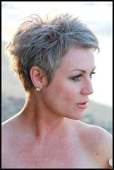 Choosing Short Hairstyles for Older Women #ShortPixieHaircuts