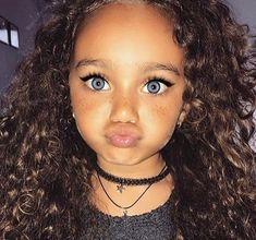 Cute little black girl hairstyles - Süß - Frisyrer Cute Mixed Babies, Cute Black Babies, Beautiful Black Babies, Cute Little Girls, Cute Baby Girl, Beautiful Children, Black Boys, Cute Kids Fashion, Baby Girl Fashion