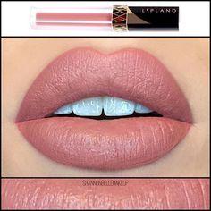 REZY  lip land cosmetics