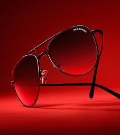 Effortless aviator sunglasses from the Burberry accessories collection