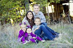 family picture poses for 5   Good family of five pose   Photography
