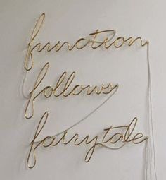 J'attends...: Function Follows Fairy Tale. Aylin Langreuter's Artificial Obvious