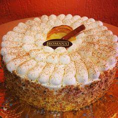 A Confeitaria Romana tem 25 novos doces! Um deles é o delicioso bolo com maçãs e canela em sua massa, recheio de maçãs flambadas com creme de baunilha, decorado com chantilly! Simplesmente incomparável!