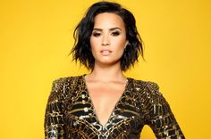 Fortunately, new reports are saying the singer is doing well after her alleged drug overdose. Apparently, as you may be aware by now, Demi Lovato was Demi Lovato, Shakira, Joe Jonas, Mtv, Beyonce, Portrait, Online Fashion Magazines, Smile Photo, Female Singers