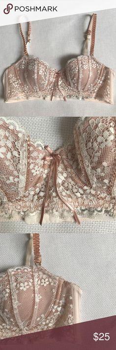 Elle Macpherson nude balcony bra 34A NWOT Elle Macpherson Intimates & Sleepwear Bras