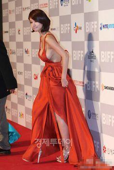 Oh In Hye 오인혜 from South Korea - Lenglui Grecian Goddess, Cute Korean Girl, Red Carpet Dresses, Orange Dress, Beautiful Asian Women, Korean Women, Asian Woman, Asian Beauty