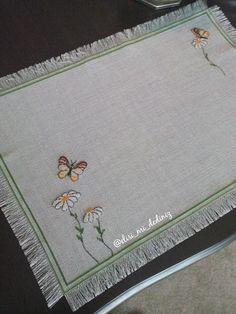 Cross Stitching, Handicraft, Cross Stitch Patterns, Cross Stitch, Table Toppers, Needlepoint, Pattern, Embroidery, Craft