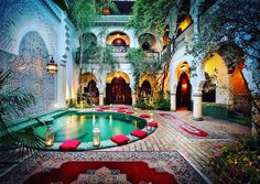 Medina, Morocco, Morocco - Wasat Riad, in the Medina, Marrakech with hanging gardens just steps away from the souks - The Real Estate Conversation Moroccan Design, Moroccan Decor, Moroccan Style, Moroccan Garden, Design Marocain, Style Marocain, Moroccan Furniture, Moroccan Interiors, Interior Exterior