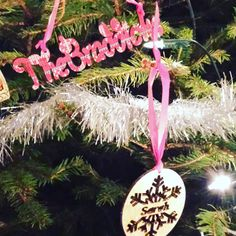 The #personalised #lasercut #ChristmasTreeDecorations I made my family looking very pretty in my Mums #ChristmasTree by twin_made