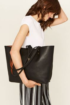 This cute reversible shopper won't leave your side all season. Fashion Today, Fashion Online, Tango Dancers, Pouches, Oasis, Bucket Bag, Purses And Bags, Amy, Street Style