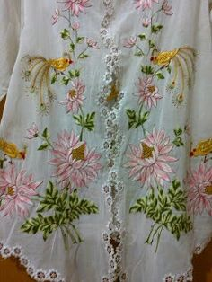 Encim Folk Embroidery, Embroidery Dress, Embroidery Patterns, Simple Pakistani Dresses, D Flowers, Batik Fashion, Blouse And Skirt, Cutwork, Cool Suits