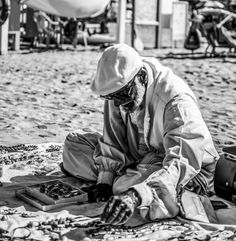 Peddler on the beach by Controluce Fotografi on 500px