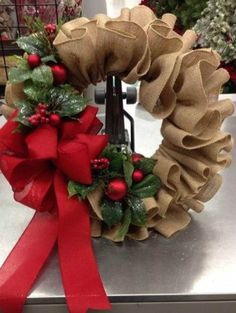 Diy christmas wreaths 376332112612572471 - 36 Creative Christmas Wreath Ideas That Will Beautify Your Day – GoodNewsArchitecture Source by Christmas Design, Christmas Crafts, Christmas Ornaments, Christmas Trees, Christmas Christmas, Christmas Candles, Modern Christmas, Christmas Quotes, Scandinavian Christmas