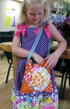 Moda Bake Shop: Bags and Totes  church purse