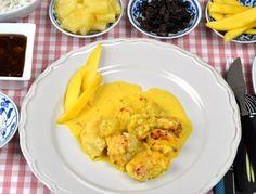 Africana panna med kyckling, curry och grädde Snack Recipes, Snacks, Chutney, Cauliflower, Mango, Chips, Yummy Food, Vegetables, Ethnic Recipes