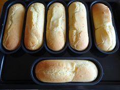 """Pão para Hot Dog Não Contém Gluten   Desde que os meninos começaram a dieta sem gluten que eles me cobram comer """"cachorro-quente"""". Eu já h..."""