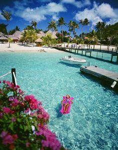 Moana Beach Park  Bora Bora