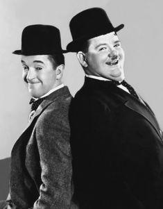 Stan Laurel y Oliver Hardy. Stan Laurel Oliver Hardy, Laurel And Hardy, Yvonne De Carlo, Go To Movies, Old Movies, Classic Movie Stars, Classic Movies, Classic Hollywood, Old Hollywood