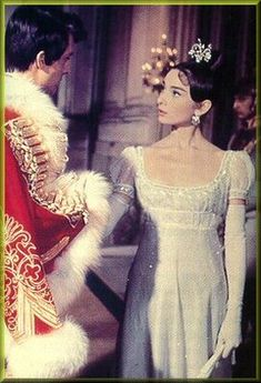 Audrey Hepburn as Natasha Rostova in War and Peace Audrey Hepburn Movies, Audrey Hepburn Born, Old Hollywood Style, Vintage Hollywood, Yves Saint Laurent, Hollywood Costume, Valentino, Period Costumes, Classy Women