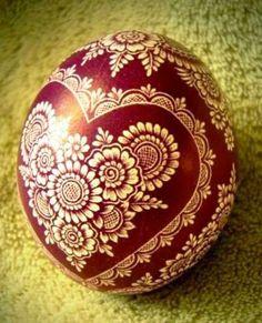 Diy And Crafts, Crafts For Kids, Polish Folk Art, Easter Egg Designs, Ukrainian Easter Eggs, Egg Art, Coat Patterns, Egg Decorating, Eggs
