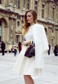 Kayture in a cute ladylike fifties style ensemble. Retro inspired street style.