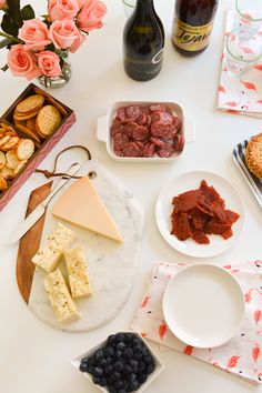 How to put together an easy party food table.