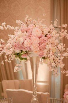 Centerpiece: #wedding #party #brunch #picnic pink and white
