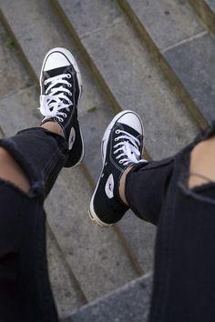 Converse Mode, High Top Converse Outfits, Sneakers Mode, Converse Style, Converse Sneakers, Converse All Star, Sneakers Fashion, Ladies Sneakers, Converse High