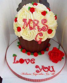 Red Rose Cupcake Cake