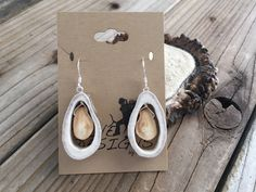 Jewelry OFF! Elk Ivory and Antler Earrings. Tine Designs by Mindi. Deer Antler Jewelry, Deer Antler Ring, Deer Antlers, Clean Gold Jewelry, Black Gold Jewelry, Bone Jewelry, Tooth Jewelry, Elk Ivory, Country Jewelry