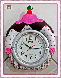 Cup Cake em relógio de parede de 18cm diametro Tic Tac, Quartz, Clock, Cake, Home Decor, Picture Clock, Recycling, Fabric Dolls, Luxury