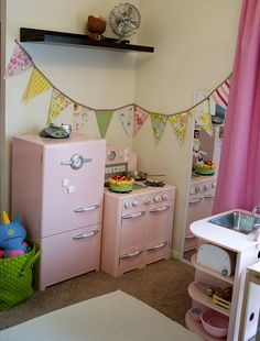 cute kitchen set up