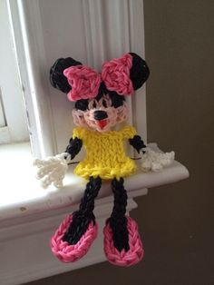Rainbow Loom MINNIE MOUSE. Designed and loomed by Kelly Serrell Motta‎. Rainbow Loom FB page, 05/21/14. No tutorial.