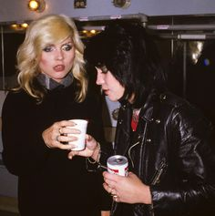 Debbie Harry (The Blondie) and Joan Jett (Joan Jett and the Blackhearts, The Runaways), 80s - another photo, color photo !.