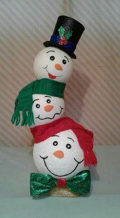 Snowman Christmas Decorations, Snowman Crafts, Christmas Snowman, Christmas Projects, Fall Crafts, Decor Crafts, Holiday Crafts, Christmas Wreaths, Diy Crafts