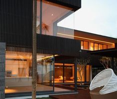 Ocean Drive House I - Singapore - Architecture Singapore Architecture, Architecture Panel, Concept Architecture, Residential Architecture, Architecture Design, Scda Architects, Ocean Drive, Mid Century House, Tinder