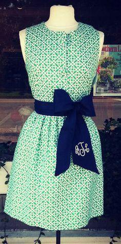 monogram + printed dress = yes